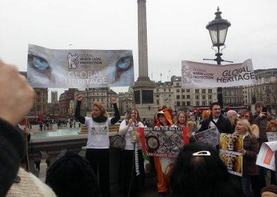 OAR Trafalgar Square  - Global March for Lions